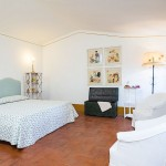holiday home bedroom near Florence