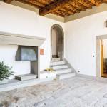 Limonaia vacation apartment at Villa Gamberaia