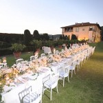 dining in the gardens of Villa Gamberaia